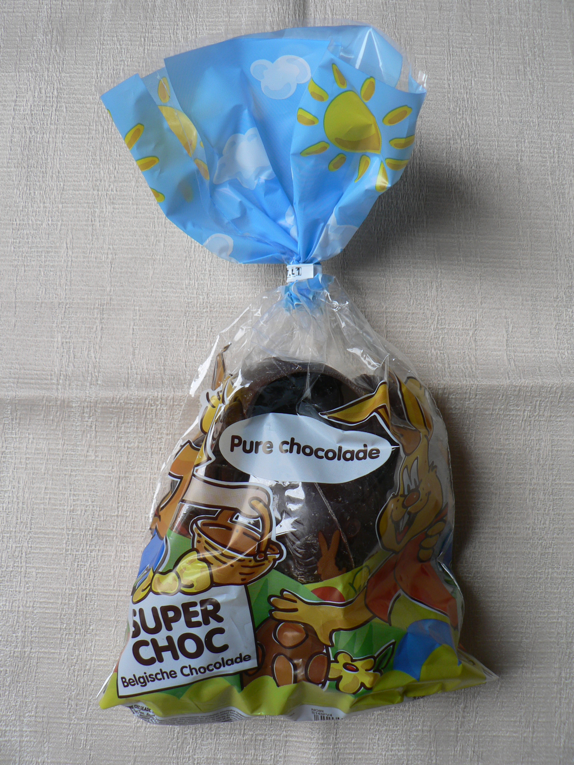 superchoc easter eggs - Colorant E120